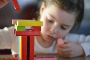 Apprentissage de la lecture avec Montessori