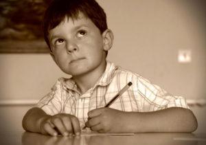 Apprendre en écrivant avec un stylo