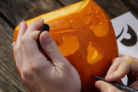 Activité manuelle d'Halloween pour les enfants