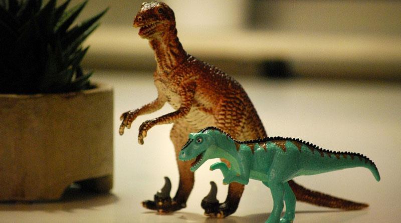 """Cartes invitation d'anniversaire """"dinosaure"""" à imprimer"""